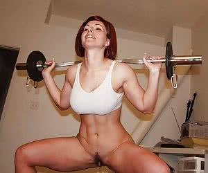 Category: fit and muscle babes