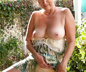 Category: mature porn pictures