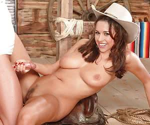Category: lacey chabert